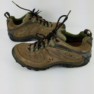 Women's Merrell chameleon hiking shoes